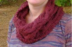 Free Knitting Pattern for Cabled Modern English Cowl