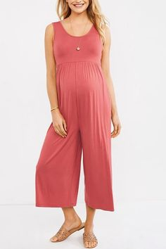 The fashion overall pregnant women sleeveless pregnant maternity pants is solid color you will like it. #maternitypants #maternityloosepants #maternitybottom Maternity Sewing, Maternity Jumpsuit, Casual Maternity, Maternity Outfits, Maternity Fashion, Maternity Patterns, Maternity Clothing, Jumpsuit Outfit, Jumpsuit Pattern