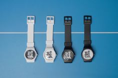 RIGA watches | Flickr - Photo Sharing!  simple way of arranging watches, plain background