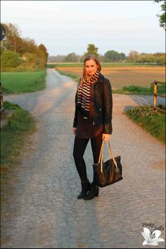 Oberteil: Vero Moda Jacke: Only Tuch: Sonia Rykiel Leggings: Blackmilk Schuhe: H&M Tasche: Michael Kors Ohrringe: Marc by Marc Jacobs Uhr: Michael Kors