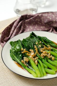 Chinese Broccoli with Oyster Sauce | Omnivore's Cookbook Chinese Vegetables, Sauteed Vegetables, Mixed Vegetables, Veggies, Asian Recipes, Ethnic Recipes, Chinese Recipes, Cooking Chinese Food, Oriental