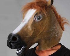 Jeder sollte eins haben. Glaube nicht du kennst schon alles.  #Gaul #HoppHopp #Pferd #keinSchwein #Fasching #horsemask