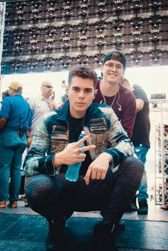 Zabdiel y Christopher James Arthur, Ricky Martin, Little Mix, Memes Cnco, Famous Movie Quotes, Five Guys, Strong Women Quotes, Becky G, Founding Fathers