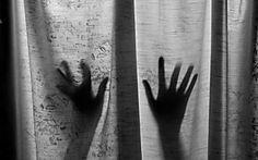 Turista é presa em Dubai após denunciar estupro coletivo