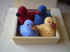 Free knitting pattern for Ducks pattern by Frankie Brown