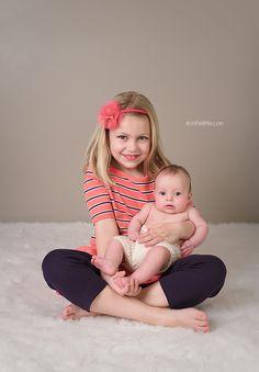 St. Louis Children's Portrait Studio | http://inthelittle.com/blog-st-louis-newborn-baby-child-photographer/ #StLouisChildrensPhotographer #BabyPhotographerSaintLouisMo