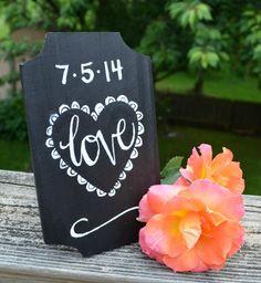 "Chalkboard ""Love"" Sign - super cute wedding #diy sign for guest book using #marthastewartcrafts silkscreens #plaidcrafts #marthastewart #crafts"