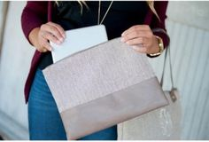 https://the-pretty-little-boutique.myshopify.com/collections/herringbone/products/herringbone-cosmetic-bag