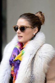 Amy Sia toucan scarf worn by Oliva Palermo