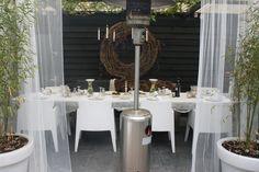Een leuk idee voor in de tuin, buiten gordijnen!   Tuin   Pinterest ...