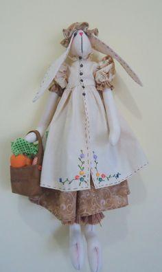 Coelha Apron, Victorian, Dresses, Fashion, Rabbit, Gowns, Moda, La Mode, Dress