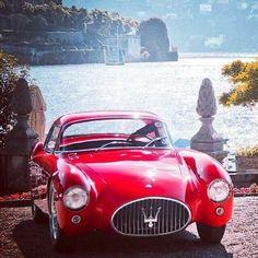 Italy as seen by our friend Lapo @lapoindependent @maserati #maserati #Italian #italiancars #vintagecars #vintagemaserati #redmaserati #rosso #collezione #Italia #italiandesign #italianstyle #JardinsFlorian #design #style #dolcevita #lapoelkann #italiaindependent