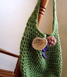 Stylish crocheted beach tote by HandmadebyJuletta on Etsy
