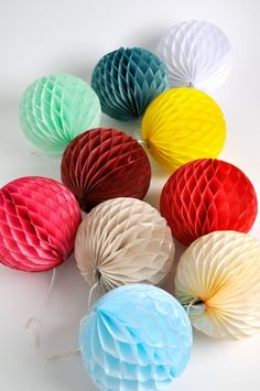 Honeycomb Paper Balls...easy to create. Look for honeycomb paper ornament pin on my papercraft board