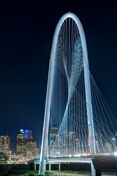 Margaret Hunt Hill Bridge, Dallas, Texas by Santiago Calatrava