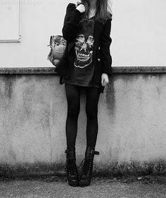 Skulls and Grunge.