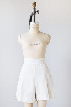 vintage 1930s white cotton pleat shorts