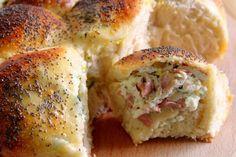 Ricotta, Prosciutto Cotto, Antipasto, Bagel, Mashed Potatoes, Pizza, Bread, Chicken, Breakfast