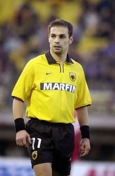 Demis Nikolaidis --AEK Athens 2000-01. World Of Sports, Athens, Legends, Have Fun, Soccer, Romantic, Football, Bread, Memories