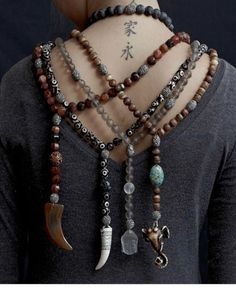 Doll Costume, Costume Accessories, Beaded Necklace, Necklaces, Jewelry Ideas, Style Me, Art Pieces, Creative Things, Boho