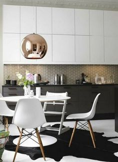 Modern chairs: Eames white chair #whitearmchair #diningroomchairs #chairdesign upholstered dining chairs, modern chairs ideas, upholstered chairs | See more at http://modernchairs.eu