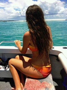 for beach hair, use waver and spray with hairspray and scrunch or spray with sea. for beach hair, Natural Wavy Hair, Natural Hair Styles, Long Hair Styles, Long Black Hair, Dark Hair, Scrunched Hair, Hair Waver, Hair Junkie, Beach Hair