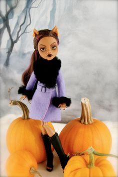by SkulletteDolls      https://www.etsy.com/ca/listing/208989746/ooak-custom-monster-high-doll-clawdeen?ref=shop_home_active