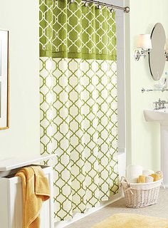 Green Amp White Shower Curtain Laundry In Bathroom Renos