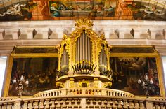 Organ with horizontal pipes to simulate trumpets in the church of S. Roque in Lisbon, Portugal