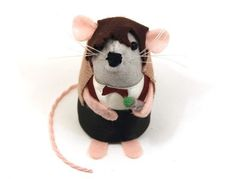 Doctor Who Paul McGann ornament felt mouse hamster rat mice cute gift for animal lover or dr who collector - READY to SHIP. via Etsy. Doctor Who Christmas, Christmas Tree, Doctor Who Craft, Paul Mcgann, Felt Mouse, 11th Doctor, House Mouse, Matt Smith, Felt Ornaments