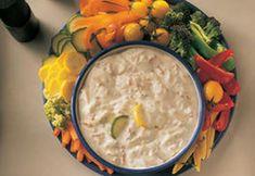 Pregateste cateva sosuri si umpluturi pentru a le folosi cu fructe si legume, la mesele de toamna. Astfel de sosuri imbogatesc preparatele si pot fi folosite in numeroase feluri, de la micul dejun la prajiturile servite cu ceai. Hummus, Cheese, Ethnic Recipes, Food, Essen, Meals, Yemek, Eten