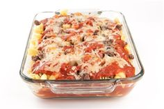Try Venison / Hamburger Pizza Bake! You'll just need 8 oz elbow macaroni (cooked), 1 pound ground venison or hamburger, 1 can mushrooms (sliced) or fresh. Wild Game Recipes, Other Recipes, Hamburger Pizza, Ground Venison, 2 Quart Baking Dish, Deer Meat, Venison Recipes, Pizza Bake