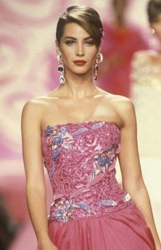 Christy Turlington for Valentino Couture Runway Show 1991