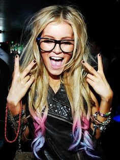 If I could pull off tie dye hair like this . . .