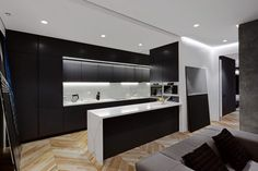 Eclectic Skyline Residence by Sergey Makhno (5)