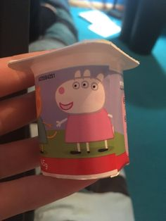 There is three eyes one extra leg and an extra ear. Must be the work of witch craft. Really Funny Memes, Stupid Funny Memes, Haha Funny, Hilarious, Peppa Pig Funny, Peppa Pig Memes, Funny Images, Funny Pictures, Fresh Memes