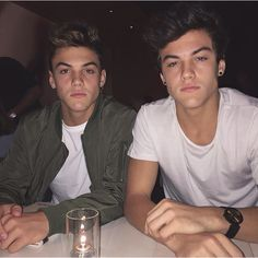 Ugh! I'm dying inside and out! Ethan is the best, he's so GORGEOUS! His hair, face and looks are all on fleek