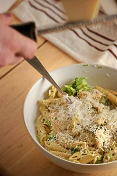 A killer recipe for One-Pot Chicken Broccoli Ziti from the genius folks at #AmericasTestKitchen - a perfect #easydinner for those hectic weeknights!