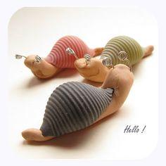 A little snail : (pâte alimentaire et pâte à modeler )