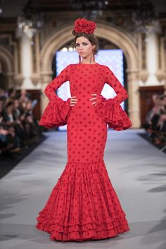 Carmen Acedo - We Love Flamenco 2018 - Sevilla Flamenco Costume, Flamenco Dancers, Glamorous Outfits, Beautiful Outfits, Spanish Dress Flamenco, Spanish Dancer, Mode Outfits, Trendy Outfits, Ankara Dress