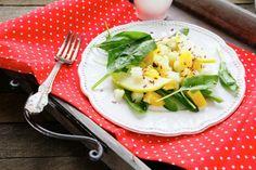 Šalát z jablka, zeleru a pomaranča - Recept pre každého kuchára, množstvo receptov pre pečenie a varenie. Recepty pre chutný život. Slovenské jedlá a medzinárodná kuchyňa