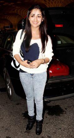 Yaami (Yami) Gautam spotted at the Mumbai airport leaving for IIFA Awards 2014.