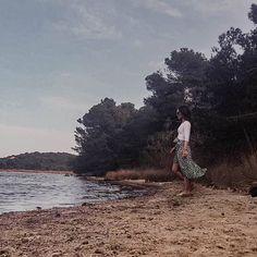 Un petit détour par un lac en rentrant de la plage.        #corsica #corsicamylove #beachday #sunnyday #nature #bythelake Corsica, Nature, Instagram, The Beach, Naturaleza, Nature Illustration, Off Grid, Natural