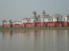 The spectacular Neermahal in Tripura still reflects the splendor of its past glory. http://rasoitours.in/tour/discover-tripura/