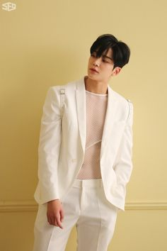 I don't like you - Cha Eun Woo 💕 Asian Boys, Asian Men, Asian Actors, Korean Actors, Kpop, Ji Chan Wook, Chani Sf9, Eunwoo Astro, White Suits