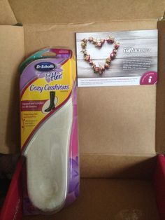 Dr. Scholls Cozy Cushions in my Rose VoxBox I received complimentary from Influenster for testing purposes and I'm SUPER excited to try them!!