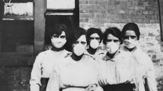 There are many similarities between Spanish flu and coronavirus, from school closures to mask debates. The story of 1919 also shows governments face choices that can have a terrible cost in lives. Flu Outbreak, Flu Epidemic, Influenza Virus, Yeast Overgrowth, Swine Flu, Female Images, First World, Free Images, Women