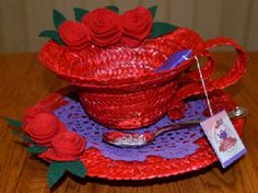 The Red Hat Society: DIY Plaited Straw Cup and Saucer Hat Instructions Cup Crafts, Arts And Crafts, Paper Crafts, Red Hat Club, Red Hat Ladies, Red Hat Society, Cup With Straw, Pink Hat, Red Hats
