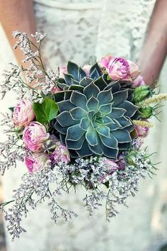 Because why have peonies and roses in your wedding bouquet when you can have succulents? #weddingbouquets