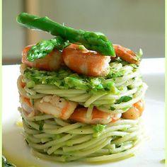 Shrimp Spaghetti and Asparagus Pesto